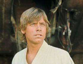 Luke Skywalker finally makes it to Tosche Station (or at least Mark Hamill does)